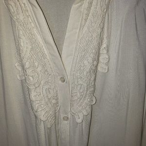 NWOT long sleeve white blouse lace accents 22/24